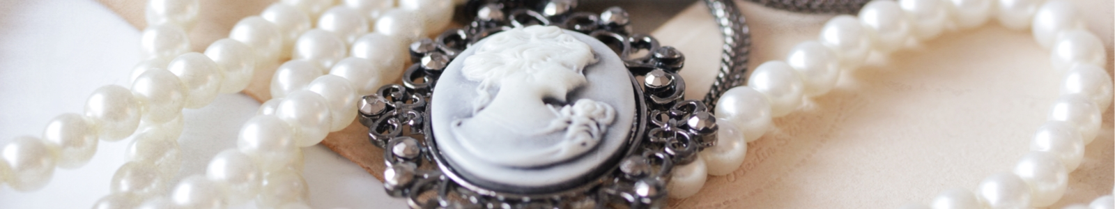Image of family jewelry for safe deposit box.